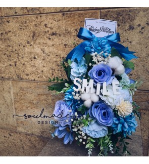 Ocean Blue Flowers Arrangement with Easel Stand